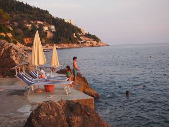 Villa Dubrovnik - Sunset swim