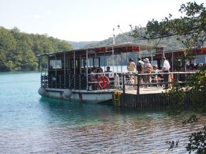 Electric boat at Plitvice