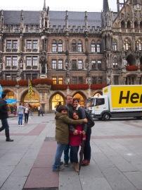 Cuddles in the main square -Marienplatz - Munich